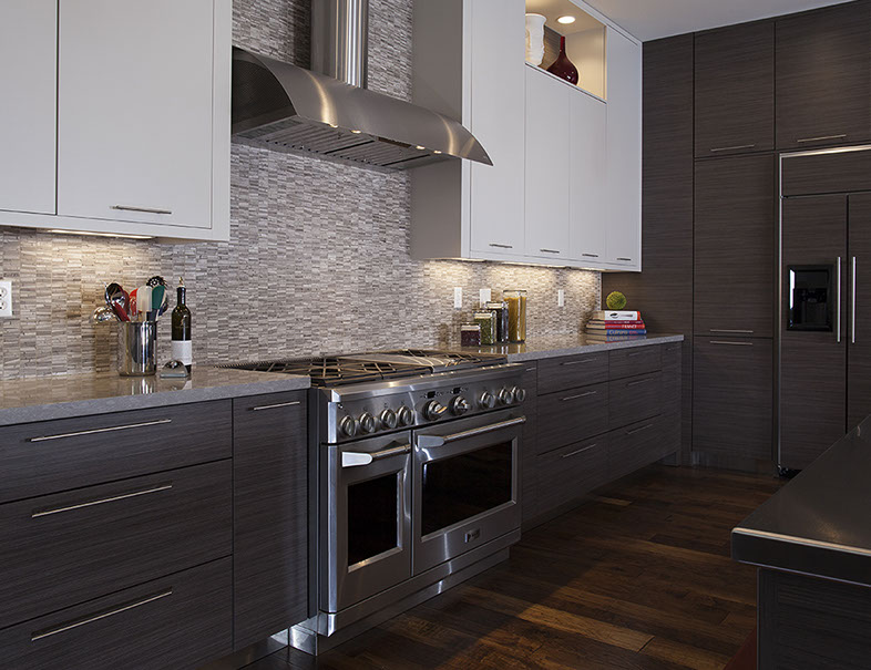 Kitchen Design Naperville The white paint and simple recessed