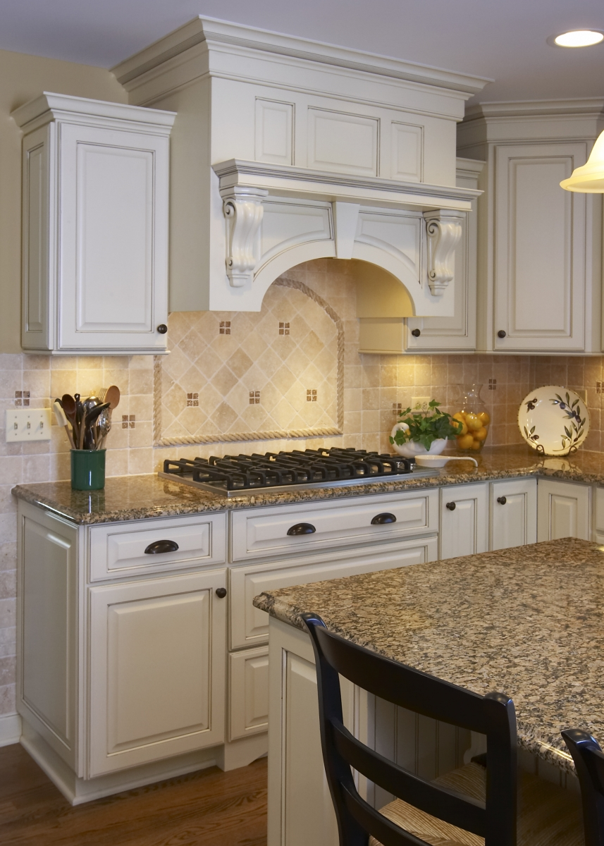 Traditional Kitchen Design Naperville | Naperville Traditional ...